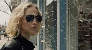 Competing Review: JOY (Jennifer Lawrence)
